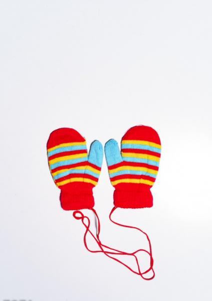Детские перчатки и варежки ISSA PLUS 7871  12 месяцев красный