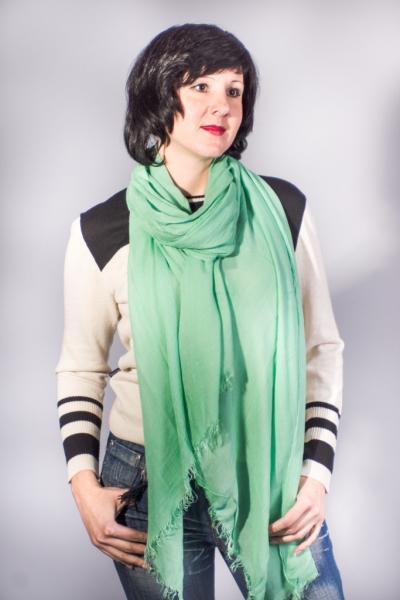Женский шарф цвет мяты вискозный  весна-лето  BUTEF