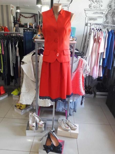 Женская юбка до колена красная летняя дизайнерская