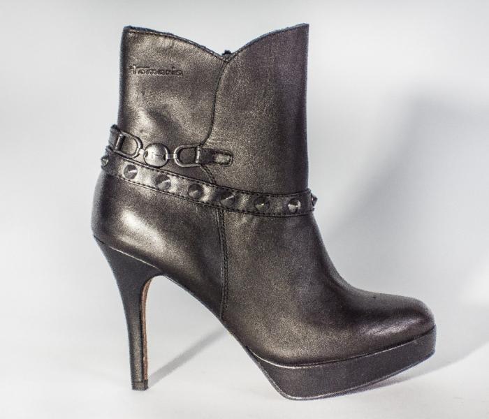 Ботильоны женские черные кожаные демисезонные на высоком каблуке Tamaris