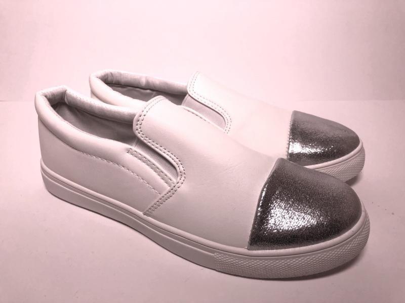 Мокасины женские белые с серебряным носком мягкие удобные Польша