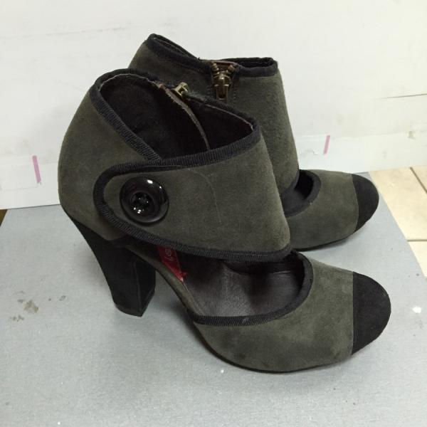 Туфли женские Les Lolitas серо-черные закрытые на каблуке 38