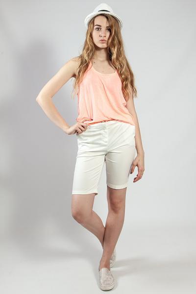 Женские шорты летние белые удлиненные  Camaieu