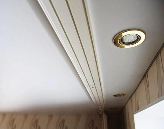 Фото Карнизы Пластиковые Потолочные «ОМ 3»  Карниз потолочный трехрядный,   длина = 3,5 м