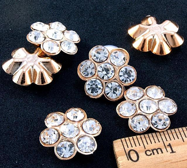 Фото Серединки ,кабашоны, Серединки с жемчугом и стразами Пластиковая  серединка  16 мм.