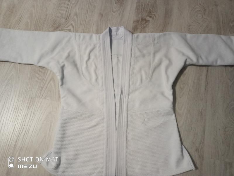 Новое плотное кимоно рост 130-140