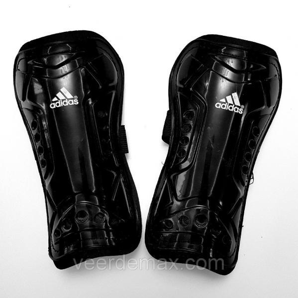 Футбольные щитки детские  Черный