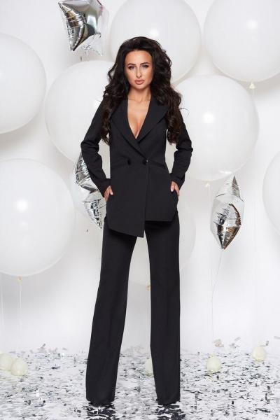 Стильный женский костюм тм Enneli черного цвета.
