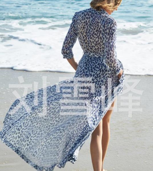 Пляжная длинная туника с леопардовым принтом. Код 25