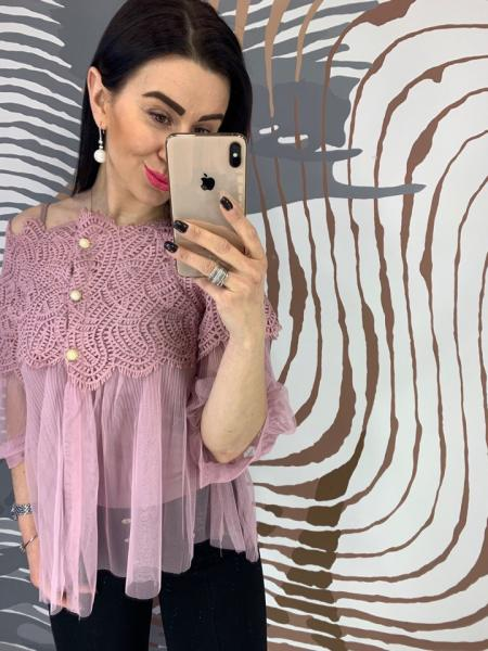 Воздушная женская шифоновая блузка.