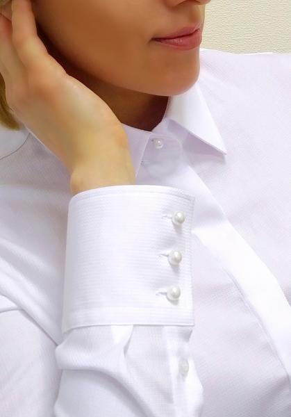 Фото Женские рубашки и блузы Рубашка женская Michael Schaft Белая с жемчужными пуговицами