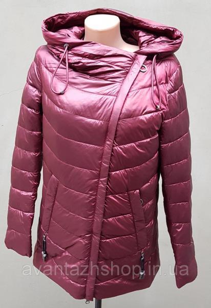 Женская курточка на молнии Mishele