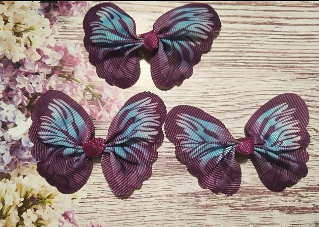 Фото Вязаный ,тканевый  декор . помпоны Бантик  65 * 50 мм.  из  Репсовой  ленты  в  виде  бабочки .