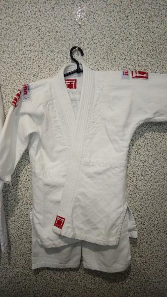 Кимоно для единоборств 120-130 FF