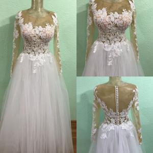 Фото Свадебные платья Легкое свадебное платье с прозрачными рукавами Карина