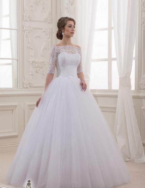 Пышное свадебное платье с кружевными рукавами Дива