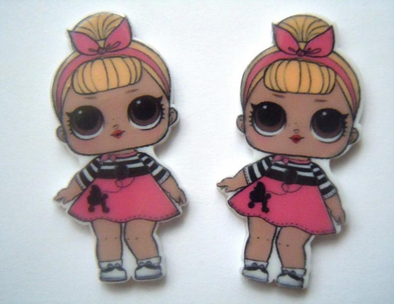 Фото Серединки ,кабашоны, Кабашоны детские мультики Пластиковая  серединка   20 * 40 мм.    ЛОЛ      с  жёлтыми  волосами  и  розовой  повязочкой  солоха.