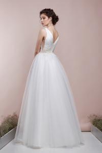 Фото Свадебные платья Непышное летнее свадебное платье Влада