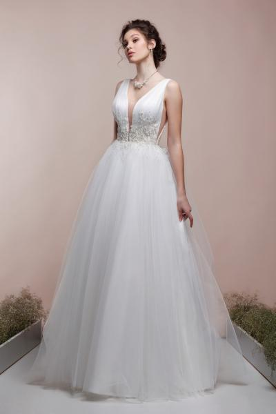 Непышное летнее свадебное платье Влада