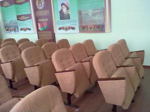 Фото Кресла для актового зала, зрительного зала дома культуры, кинотеатра, театра, школы Кресло М1