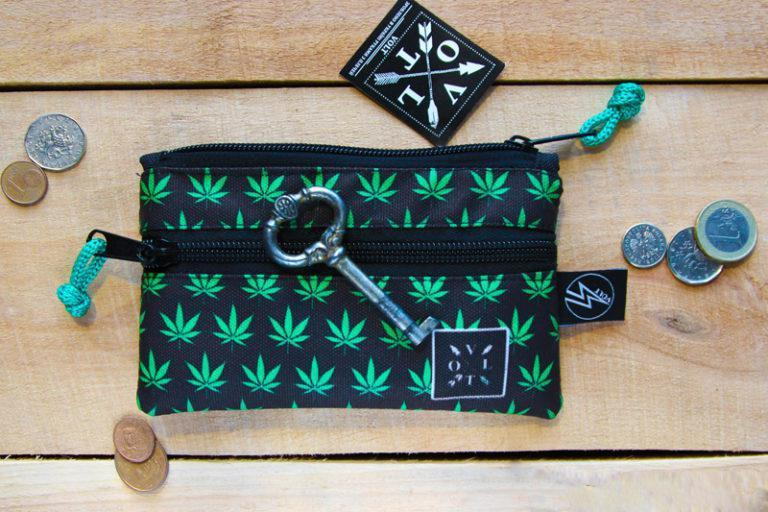 Ключница Volt Weed blk, чехол для ключей