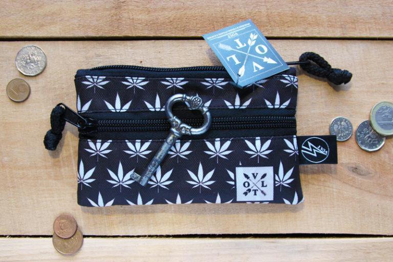Ключница Volt Weed white, чехол для ключей