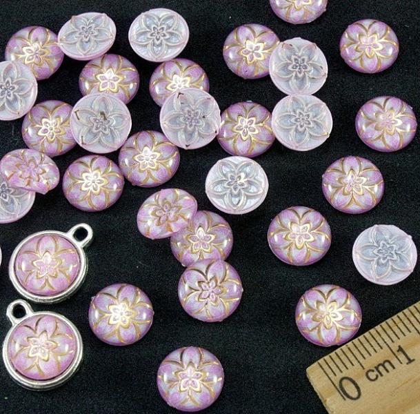Фото Бусины ,полубусины ,стразы,.цветок.шина, тесьма пластик, Полубусины  разные Кабашон  акриловый , круглый  10 мм.     Розового  цвета  с  золотым  цветочком .