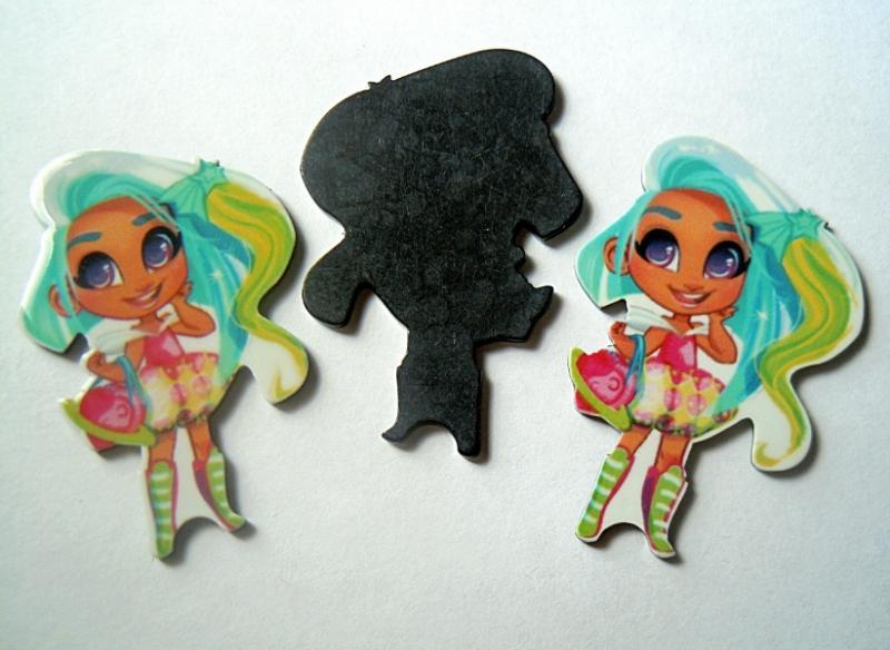 Пластиковая  серединка  Hairdorables  (  с  цветными  волосами )  32 * 49 мм.