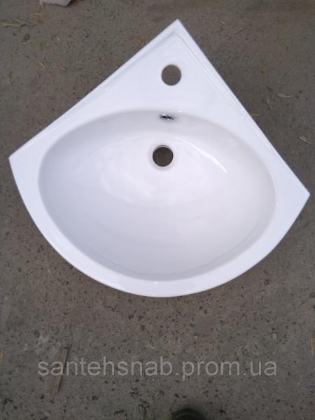Умывальник угловой 55 см Днепрокерамика