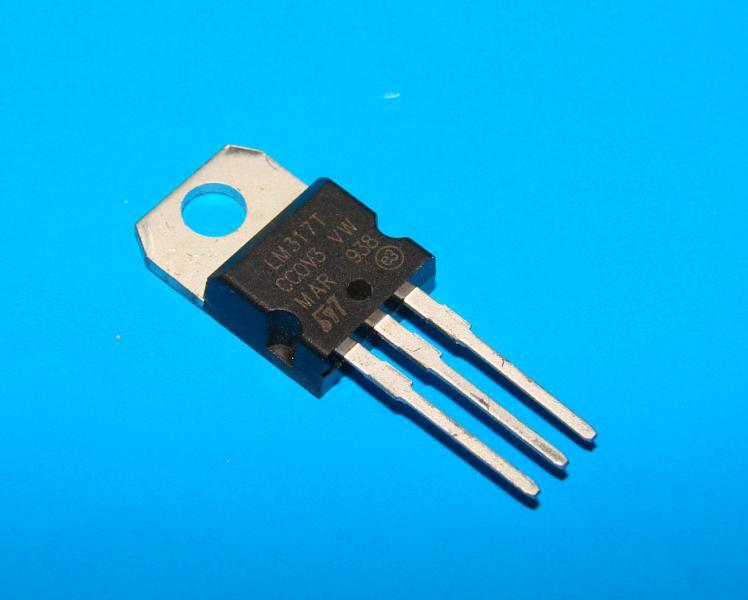 Микросхема LM317Т