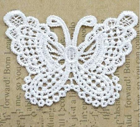 Фото Кружево ,тесьма ,сетка,резинка, Кружево капрон,жаккард,макраме Кружевная  бабочка   Белого  цвета  65 * 50 мм.  ( + -  2 мм. )