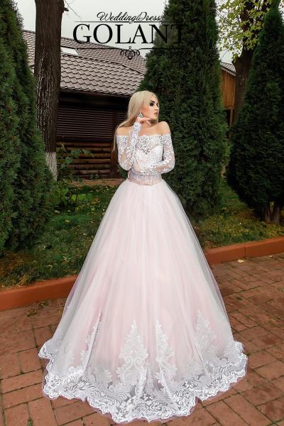 Свадебное платье с кружевными рукавами Карен