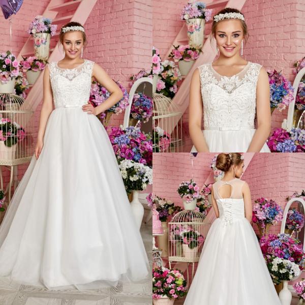 Непышное легкое свадебное платье Мадонна Хрусталь