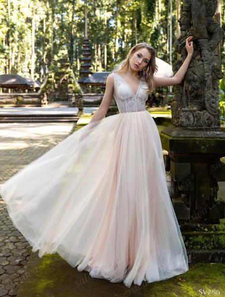 Стильное легкое летнее свадебное платье  Ванесса