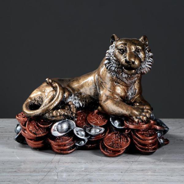 """Сувенир """"Тигр на монетах"""""""