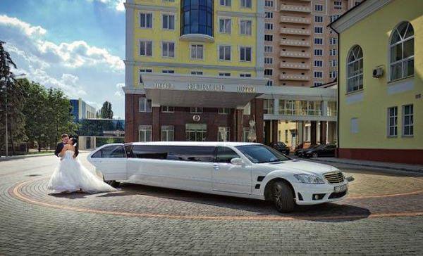 Лимузин Mercedes W221 S600 белый