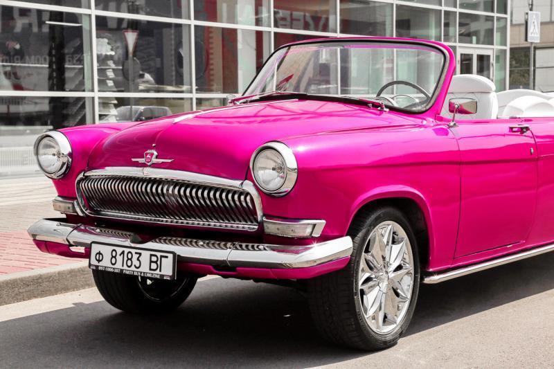 Лимузин Volga GAZ 21 ретро лимузин малиновый