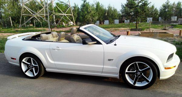 Кабриолет Ford Mustang белый аренда