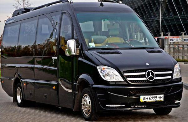 Микроавтобус Mercedes Sprinter черный VIP 516