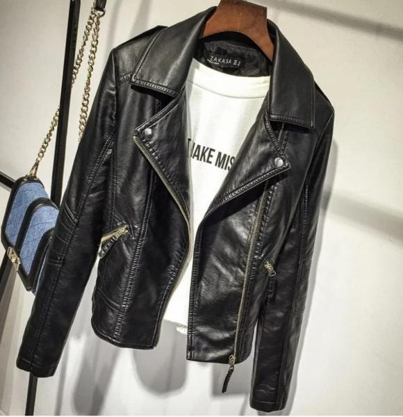 Куртка косуха 44р черная