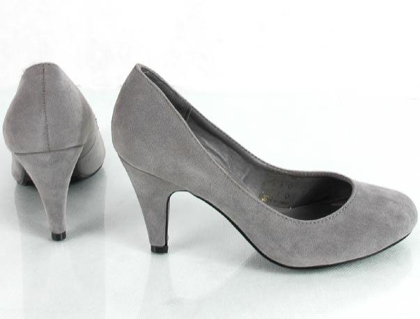 Туфли на среднем каблуке р37 серые