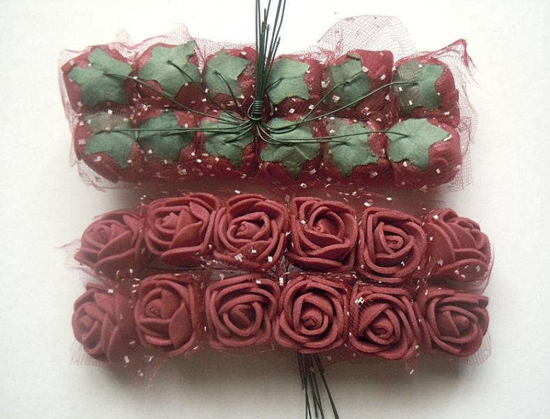 Фото Цветы искусственные, Роза латексная 2.5 см Роза  латексная  2 - 2,2  см ,   Бордовая  с  фатином.  Упаковка  12  цветочков .