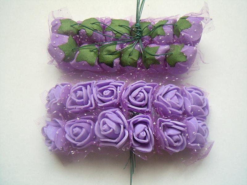 Фото Цветы искусственные, Роза латексная 2.5 см Роза  латексная  2 - 2,2 см ,   Сиреневая  с  фатином.  Упаковка  12  цветочков .