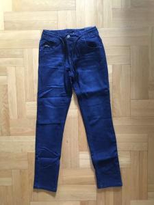 Фото Джинсы, лосины, штаны Модные джинсы на флисе мальчику 122-146 см