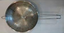 Дуршлаг нержавеющий с плоским дном 230 мм (шт) 0086