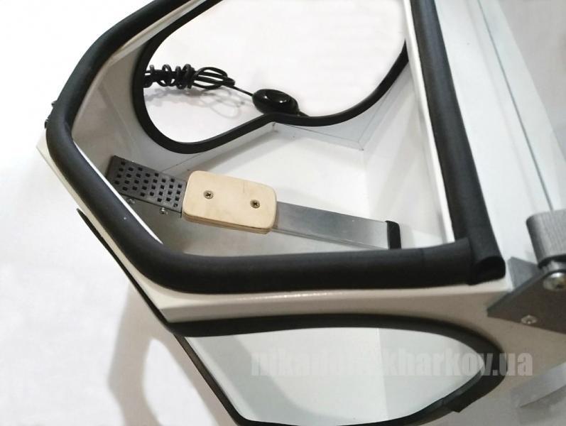 Фото Для зуботехнических лабораторий, ОБОРУДОВАНИЕ Бокс вытяжной- рабочее место техника