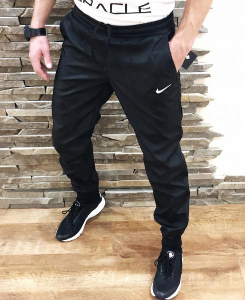 Спортивные штаны Nike black