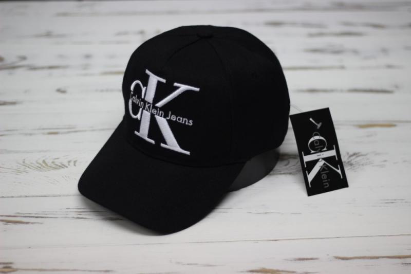 Кепка бейсболка Calvin Klein черная