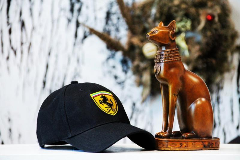 Кепка Ferrari black