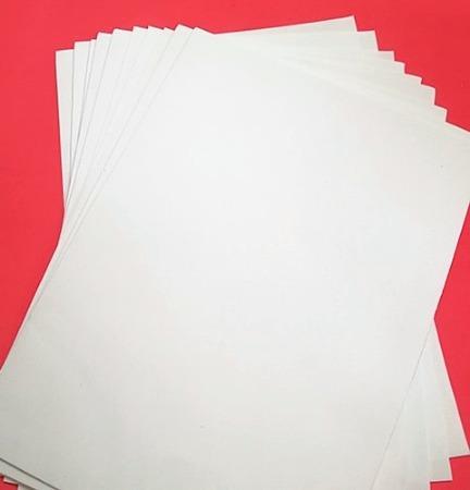 Фото Новинки Фом   Белого  цвета толщина 1 мм , формат   А 4 ( 20 * 30 см)